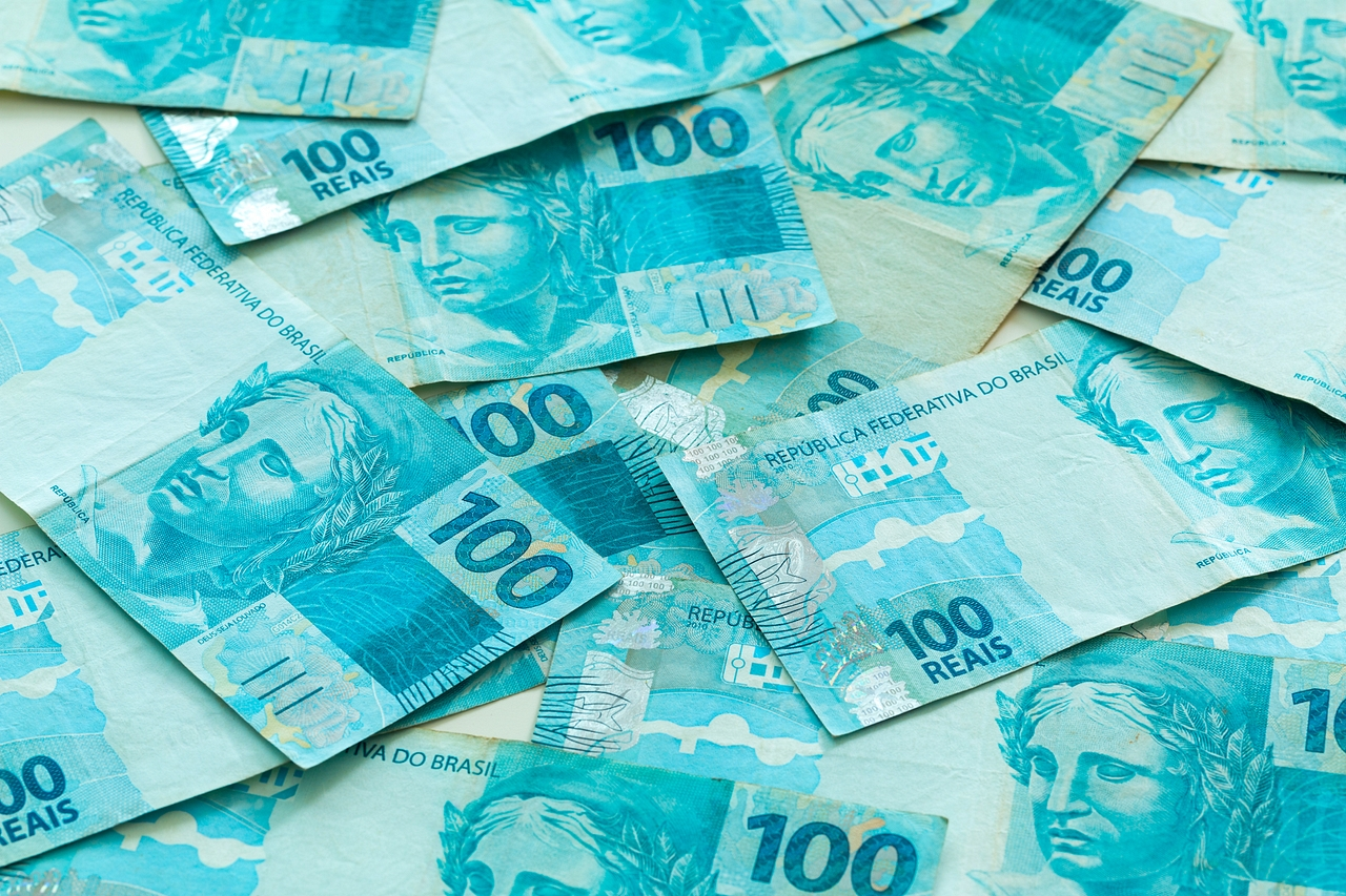 Bright blue 100 real notes