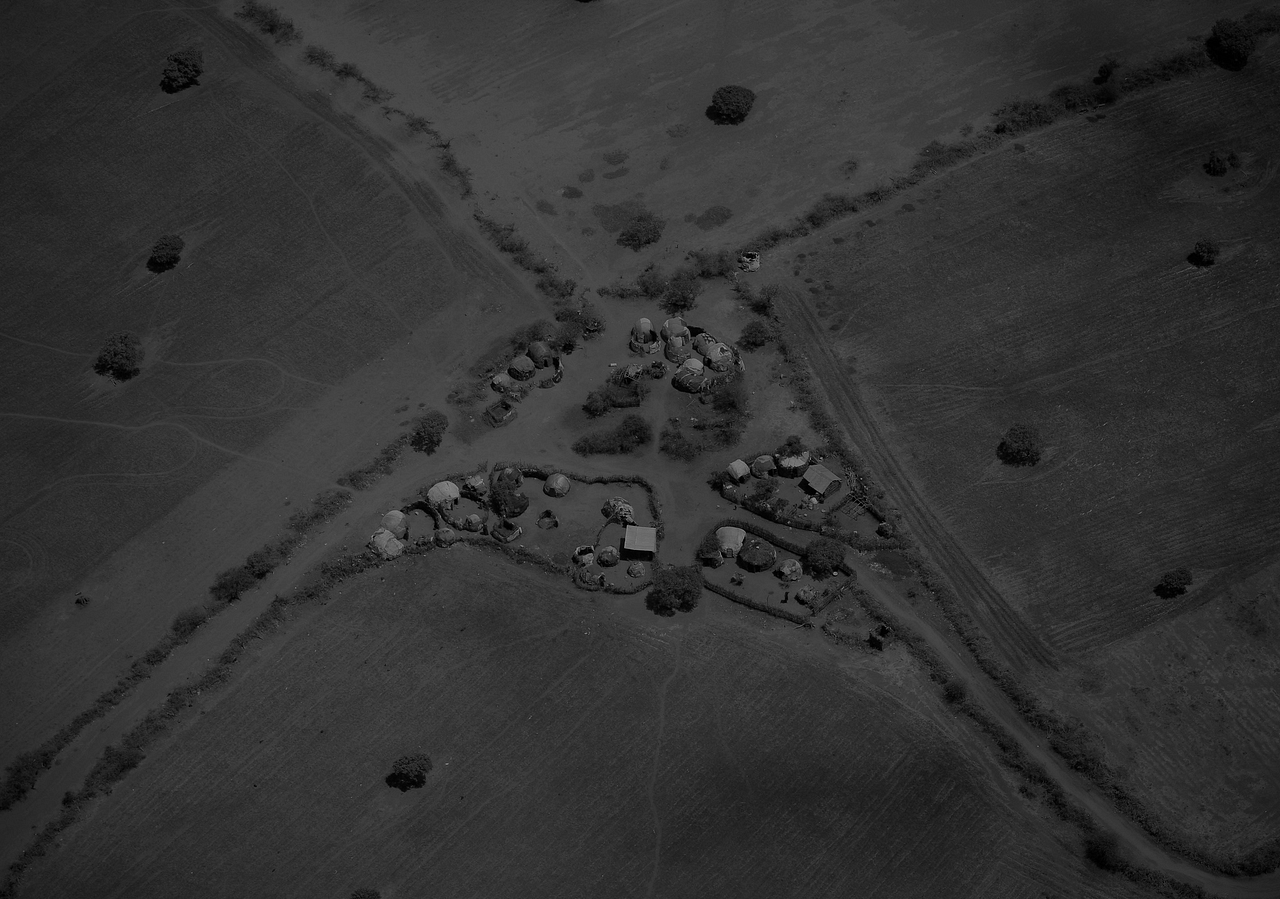 An aerial view of a small homestead on the outskirts of the southern Somali port city of Kismayo.